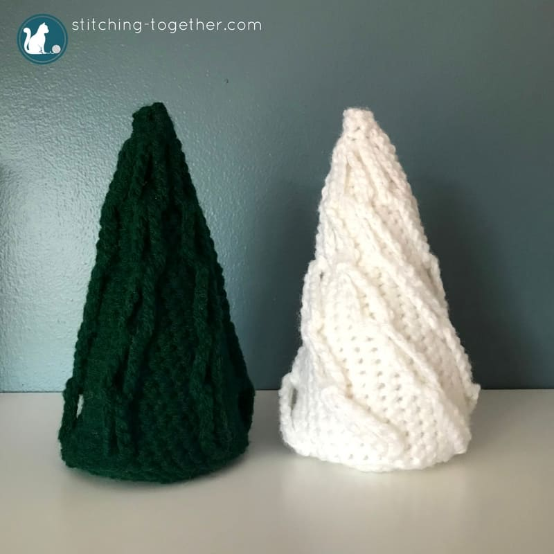 Adorable, easy to make, crochet christmas trees. Simple free crochet pattern. Get