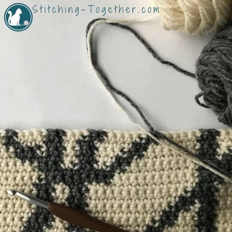 gray and off white crochet pattern