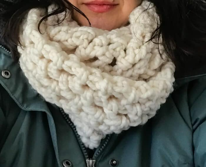 lady wearing an easy crochet infinity scarf