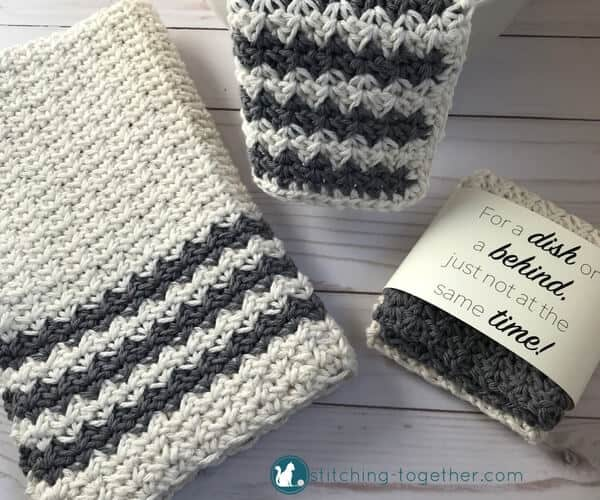 Free crochet pattern for this modern farmhouse crochet dish towel. Add diy rustic style to your kitchen or bathroom.