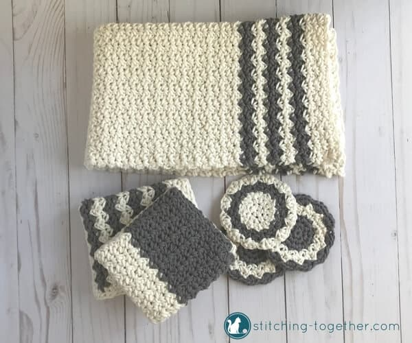 These cute crochet country coasters would look great on your coffee table! They are so quick to crochet and add great farmhouse style to any decor. Visit the blog to get the free crochet pattern!