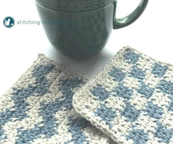 Quick farmhouse crochet coasters perfect for your farmhouse decor. These simple coasters are great for practicing crochet color changes. Pin the free crochet pattern and graphs, grab your cotton yarn, and start crocheting! They'd also make a wonderful housewarming gift.