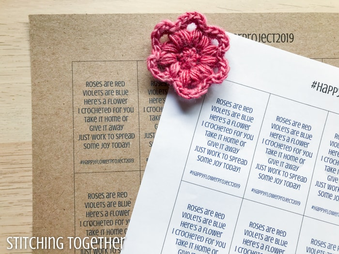 crochet flower with printable tags