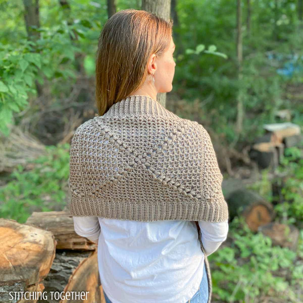 back of a crochet pocket wrap