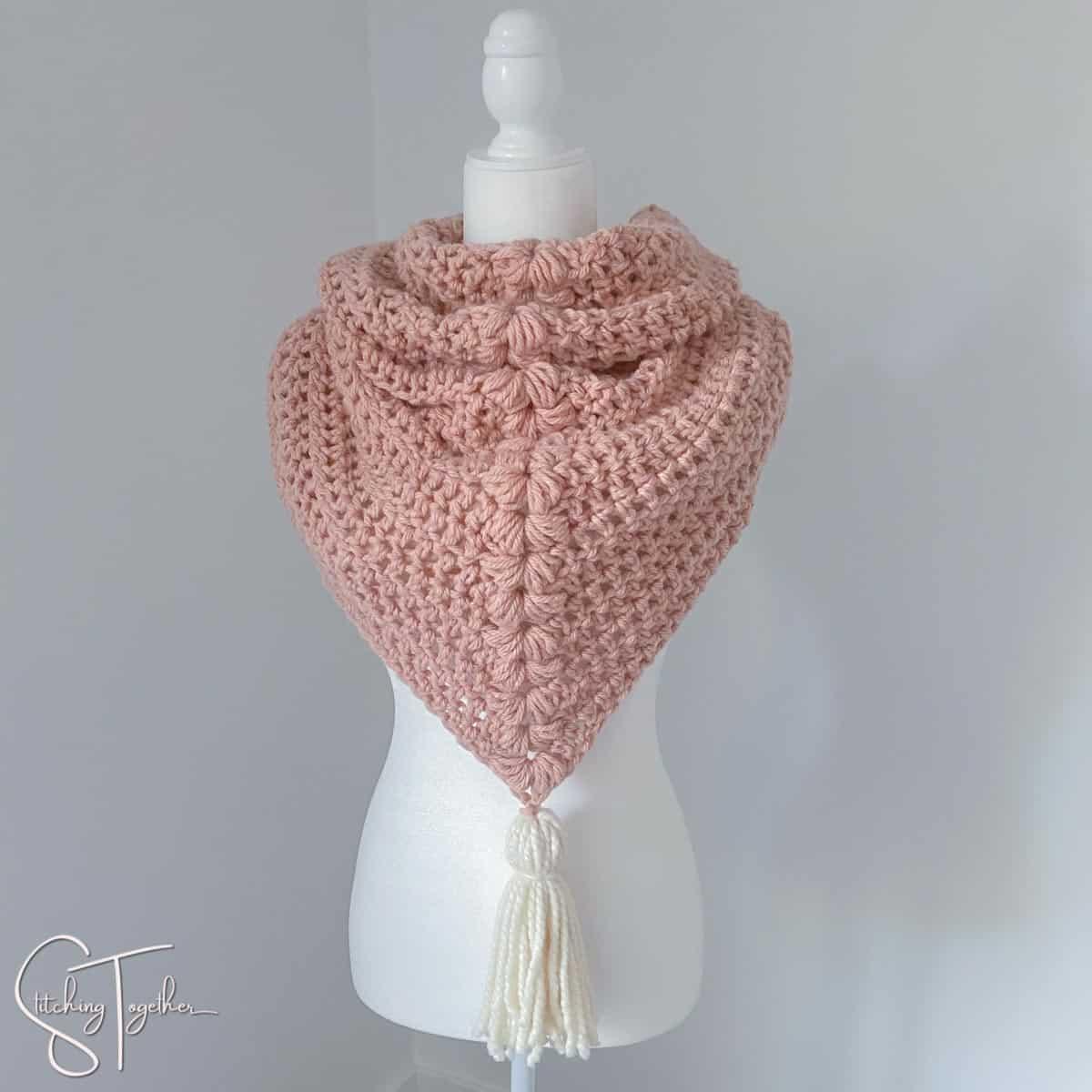 crochet triangle scarf chunky