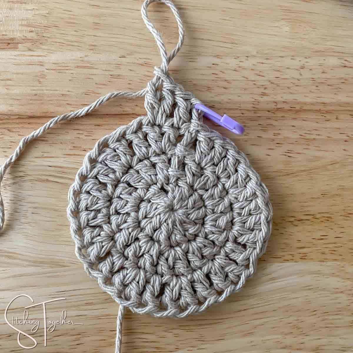 starting round 4 of crochet circle